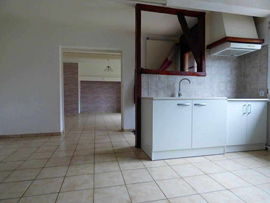 Maison à louer 5 88m2 à Guisy vignette-2