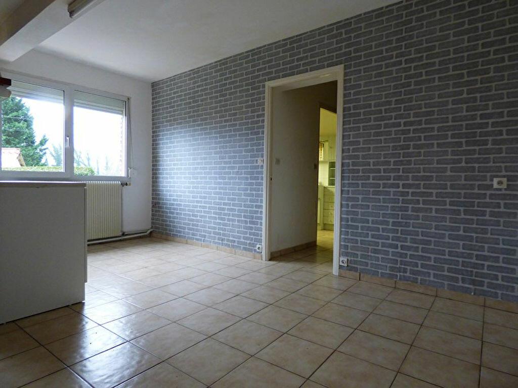 Maison à louer 5 88m2 à Guisy vignette-6