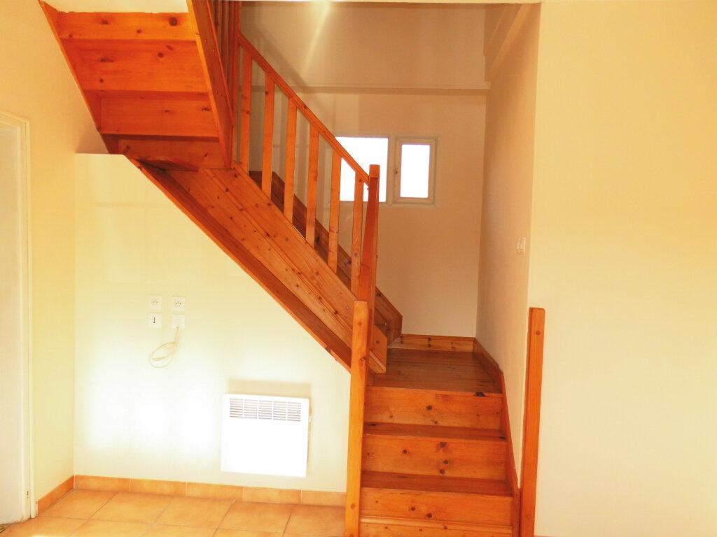Maison à louer 4 90m2 à Azincourt vignette-8
