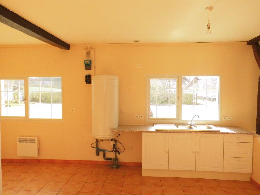 Maison à louer 4 90m2 à Azincourt vignette-17