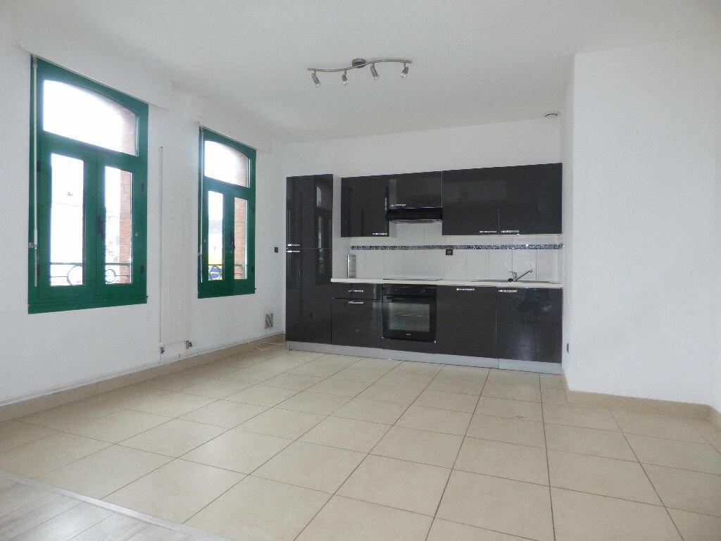 Appartement à louer 5 120m2 à Fruges vignette-2