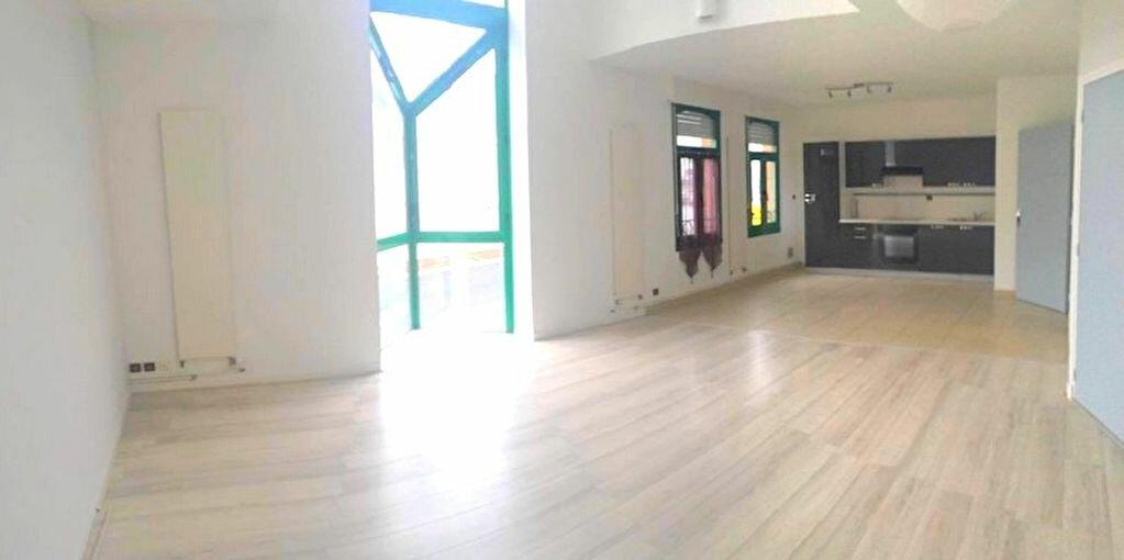 Appartement à louer 5 120m2 à Fruges vignette-4