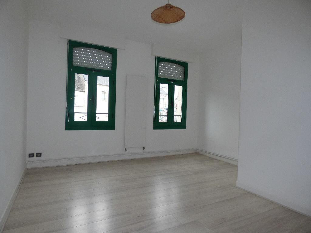 Appartement à louer 5 120m2 à Fruges vignette-6