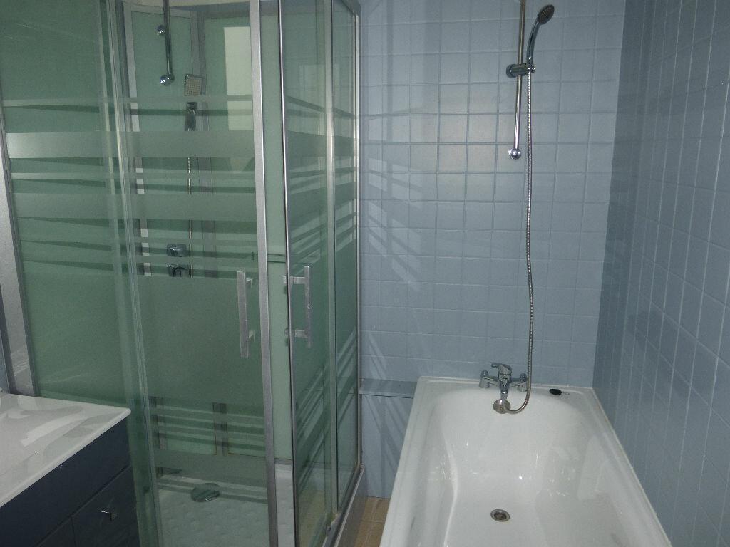 Appartement à louer 5 120m2 à Fruges vignette-10