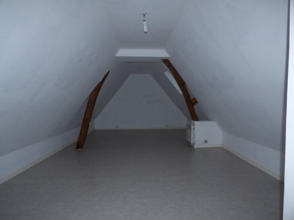 Maison à louer 9 191m2 à Fillièvres vignette-12