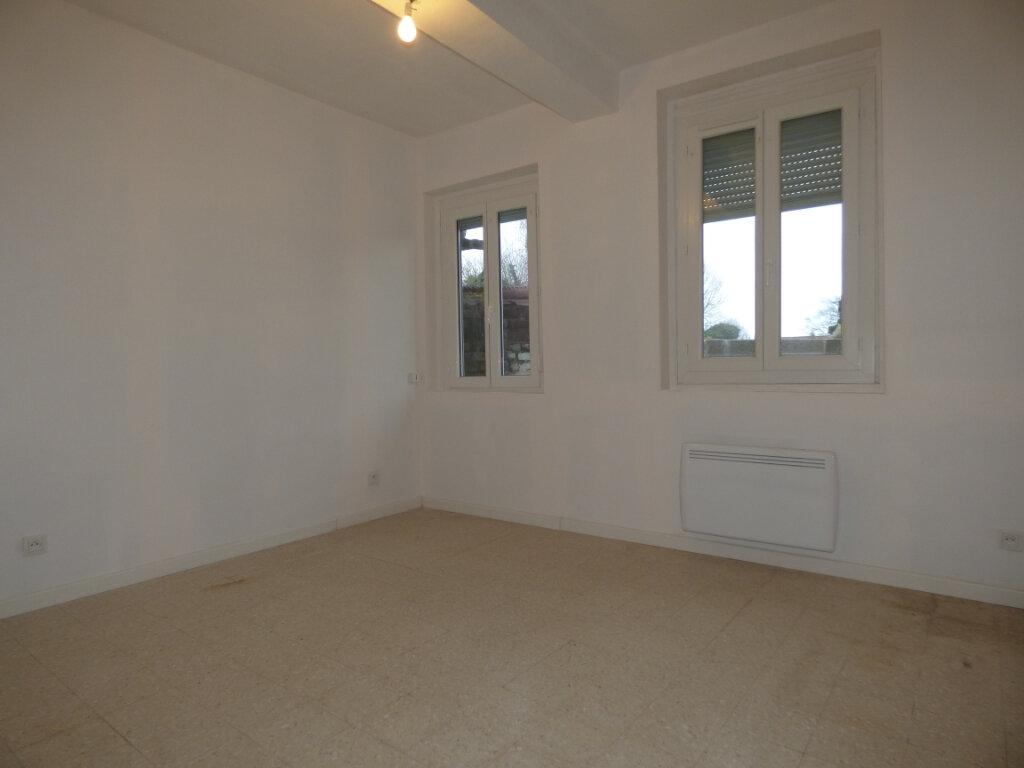 Maison à louer 4 65m2 à Hesdin vignette-4