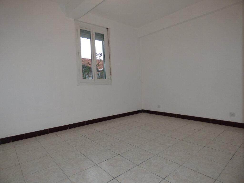 Maison à louer 4 65m2 à Hesdin vignette-8