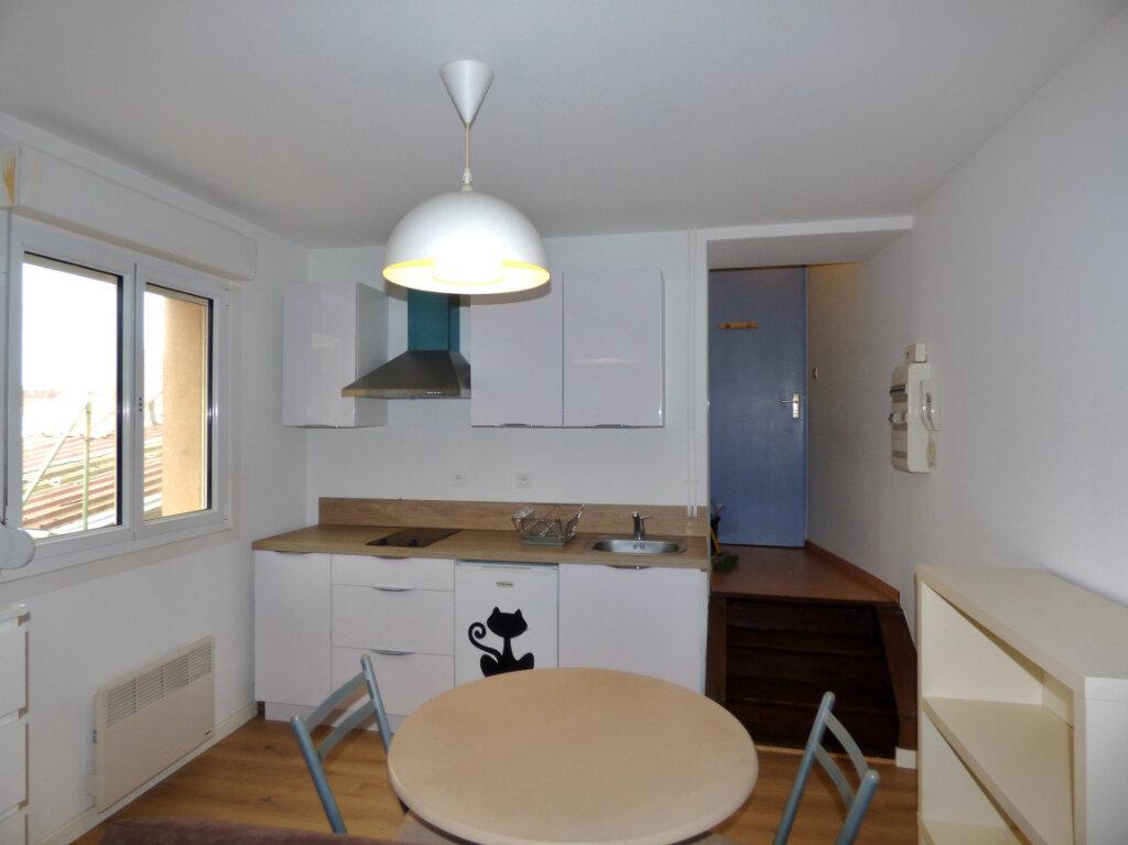 Appartement à louer 1 25m2 à Hesdin vignette-1