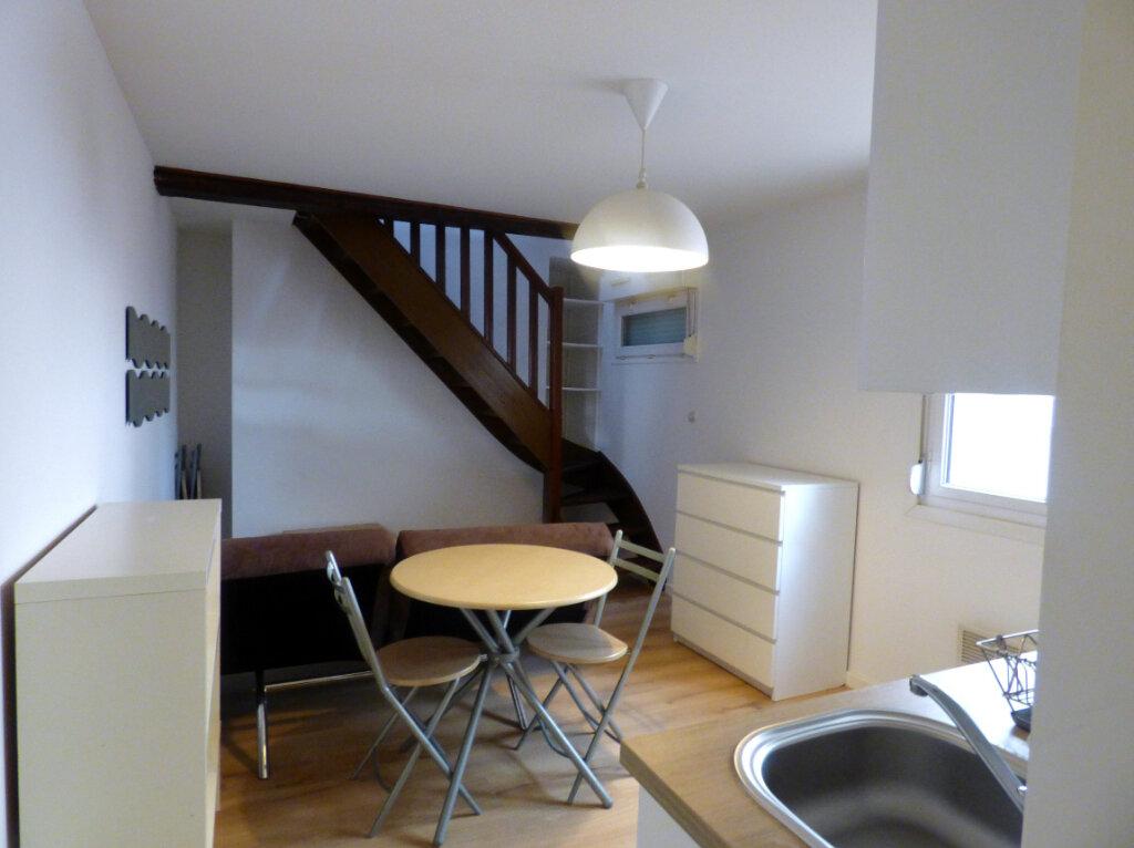 Appartement à louer 1 25m2 à Hesdin vignette-6
