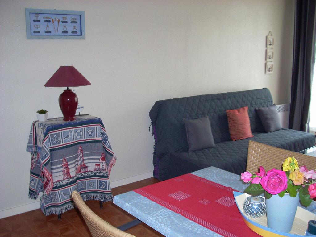Appartement à louer 2 42.86m2 à La Rochelle vignette-2