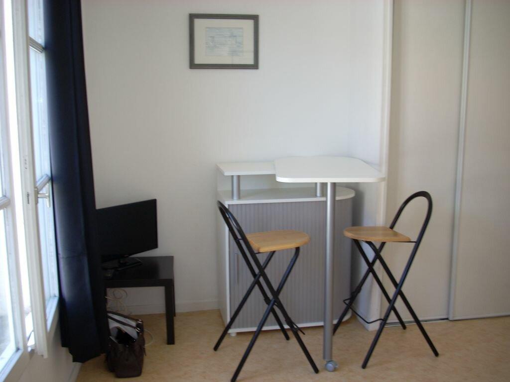 Appartement à louer 1 20.73m2 à La Rochelle vignette-1