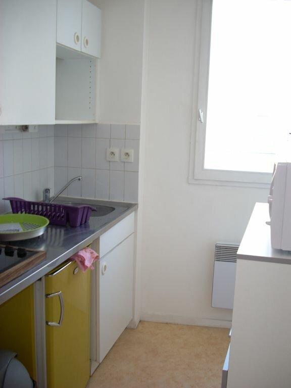 Appartement à louer 1 20.73m2 à La Rochelle vignette-4