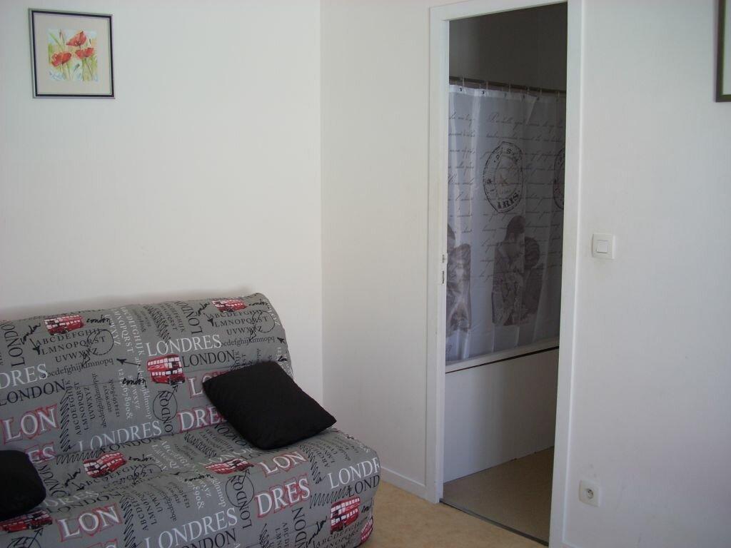 Appartement à louer 1 20.73m2 à La Rochelle vignette-5