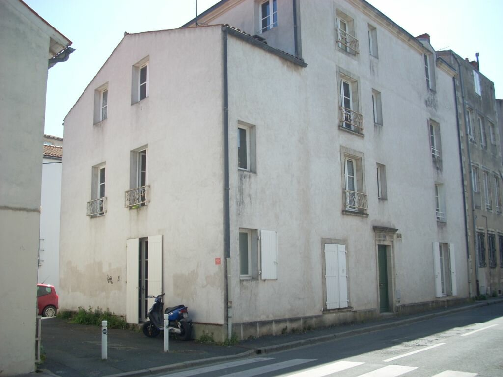 Appartement à louer 1 20.73m2 à La Rochelle vignette-6