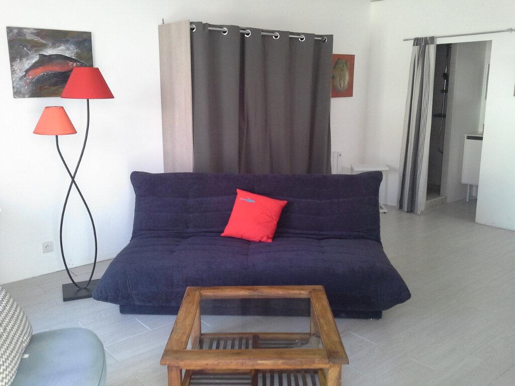 Appartement à louer 1 27m2 à La Rochelle vignette-4
