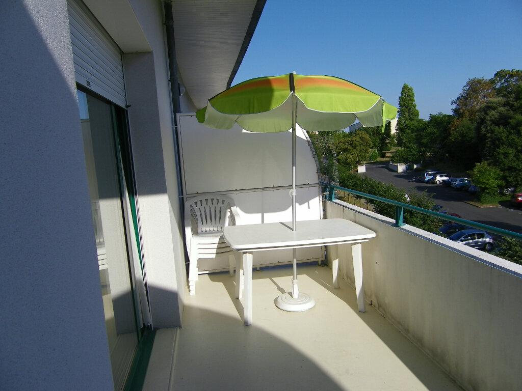 Appartement à vendre 2 31.36m2 à La Rochelle vignette-1