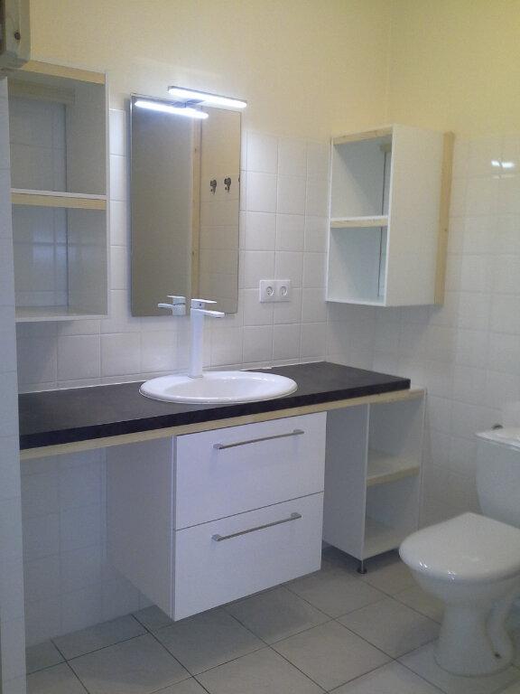 Appartement à louer 2 42.19m2 à La Rochelle vignette-5