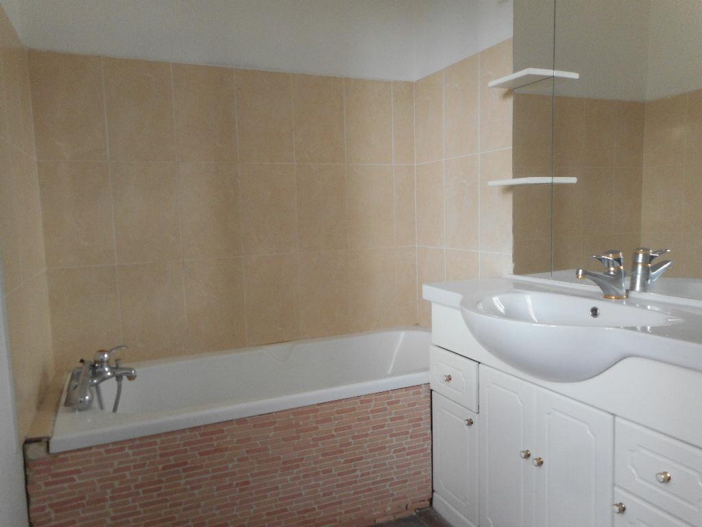 Maison à louer 4 70m2 à Saint-Loup-Cammas vignette-4