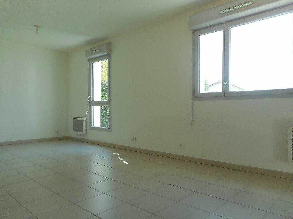 Appartement à louer 1 34m2 à Toulouse vignette-3