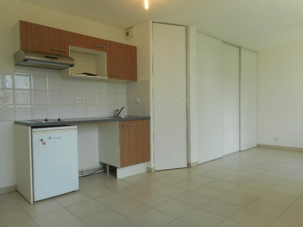 Appartement à louer 1 34m2 à Toulouse vignette-5