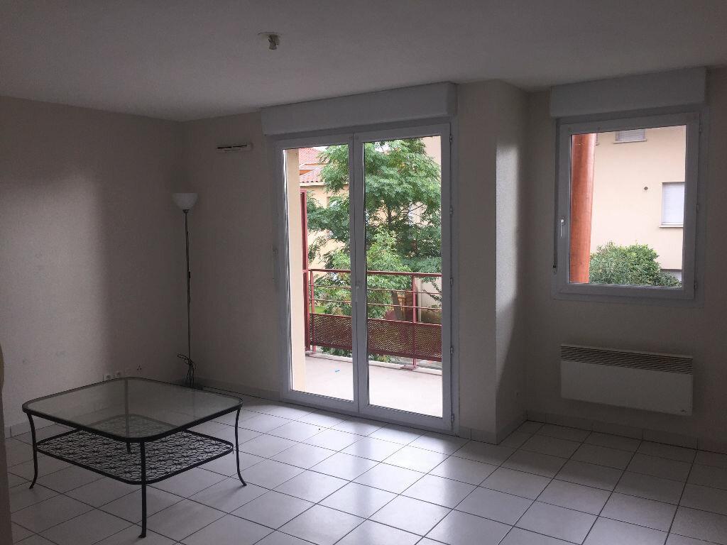 Appartement à louer 2 37m2 à Saint-Alban vignette-2