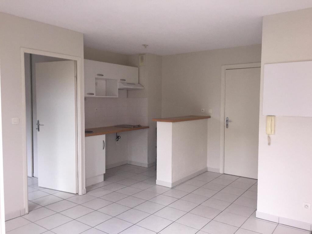 Appartement à louer 2 37m2 à Saint-Alban vignette-4