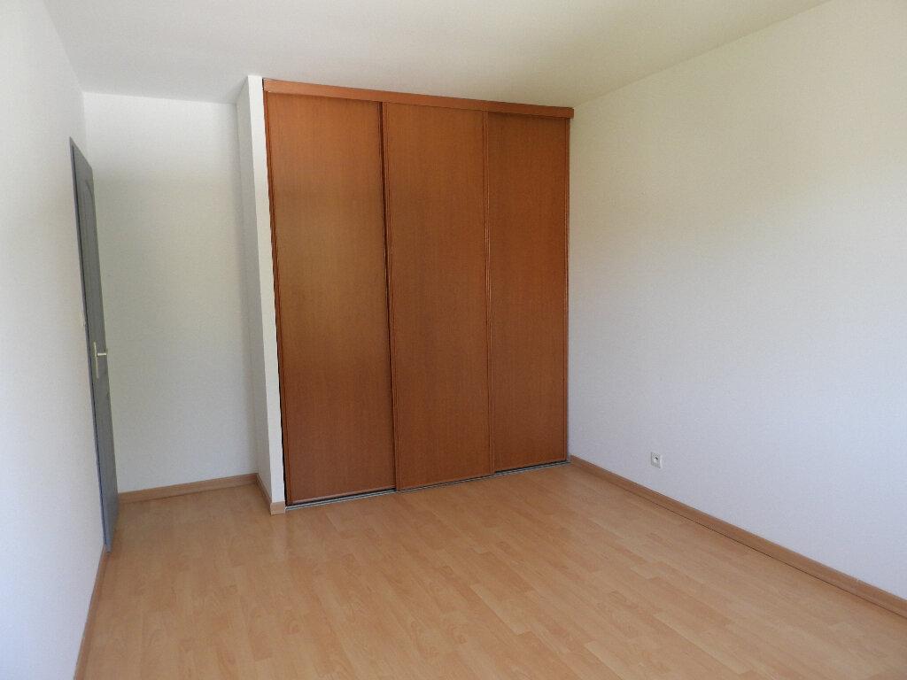 Maison à louer 7 185m2 à Saint-Jean vignette-5