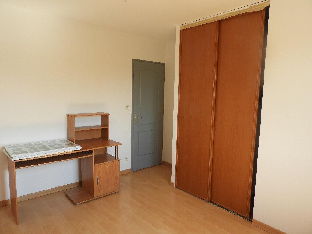 Maison à louer 7 185m2 à Saint-Jean vignette-6
