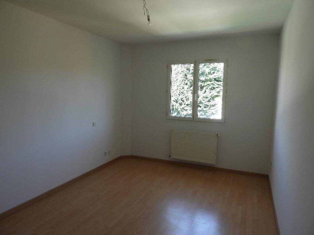 Maison à louer 7 185m2 à Saint-Jean vignette-7