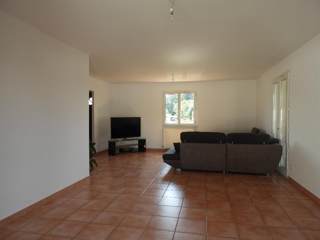 Maison à louer 7 185m2 à Saint-Jean vignette-9