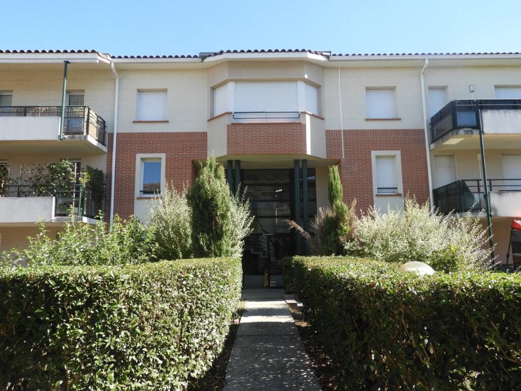 Appartement à louer 2 35m2 à Castelginest vignette-2