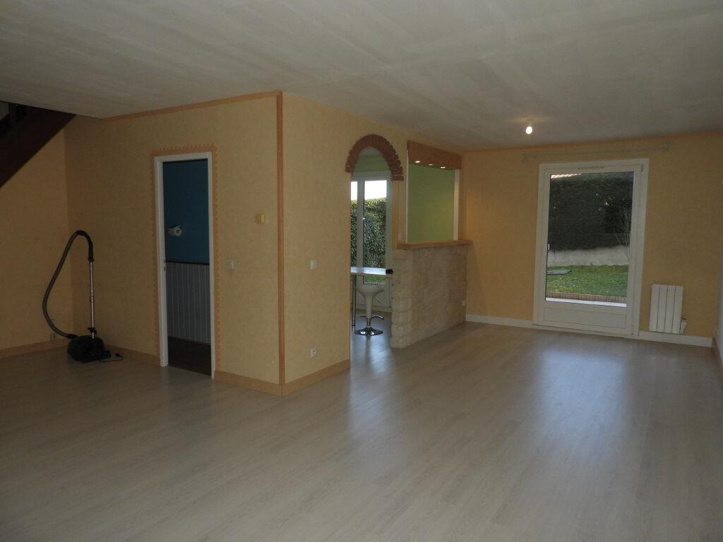 Maison à louer 4 95m2 à Montrabé vignette-2