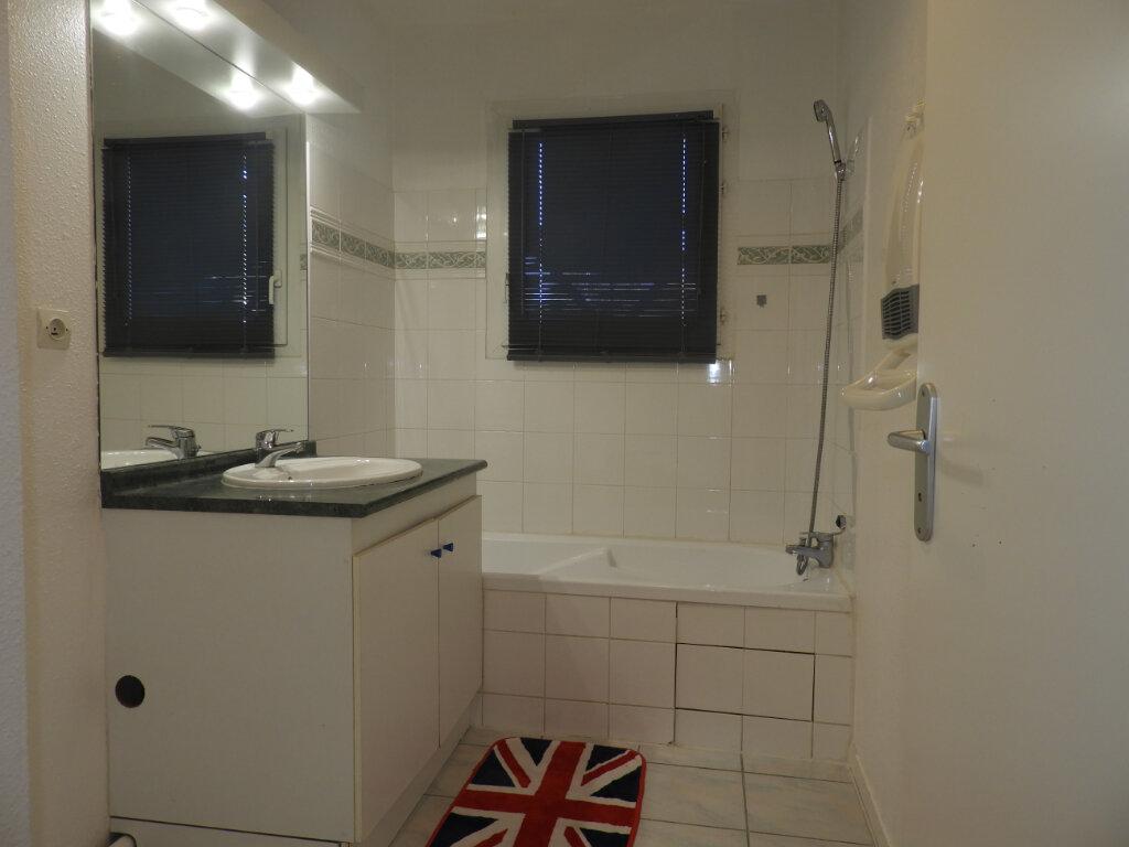 Appartement à louer 3 66.3m2 à Saint-Jean vignette-5