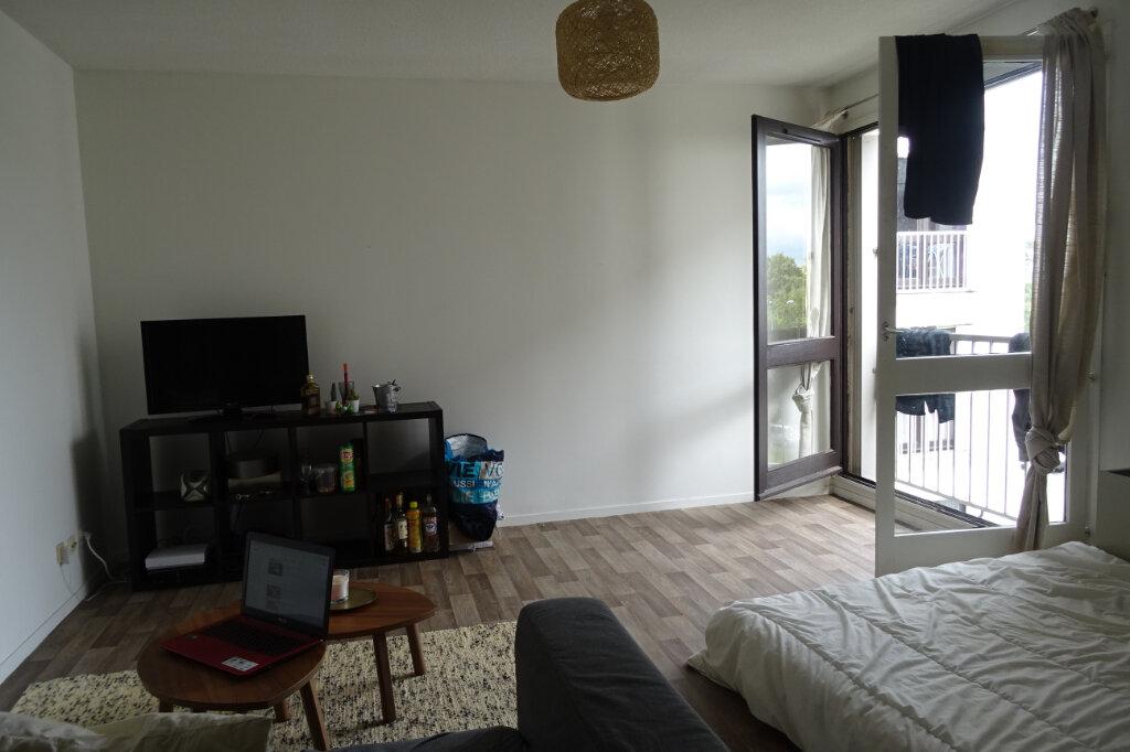 Appartement à louer 1 37.88m2 à Anglet vignette-1