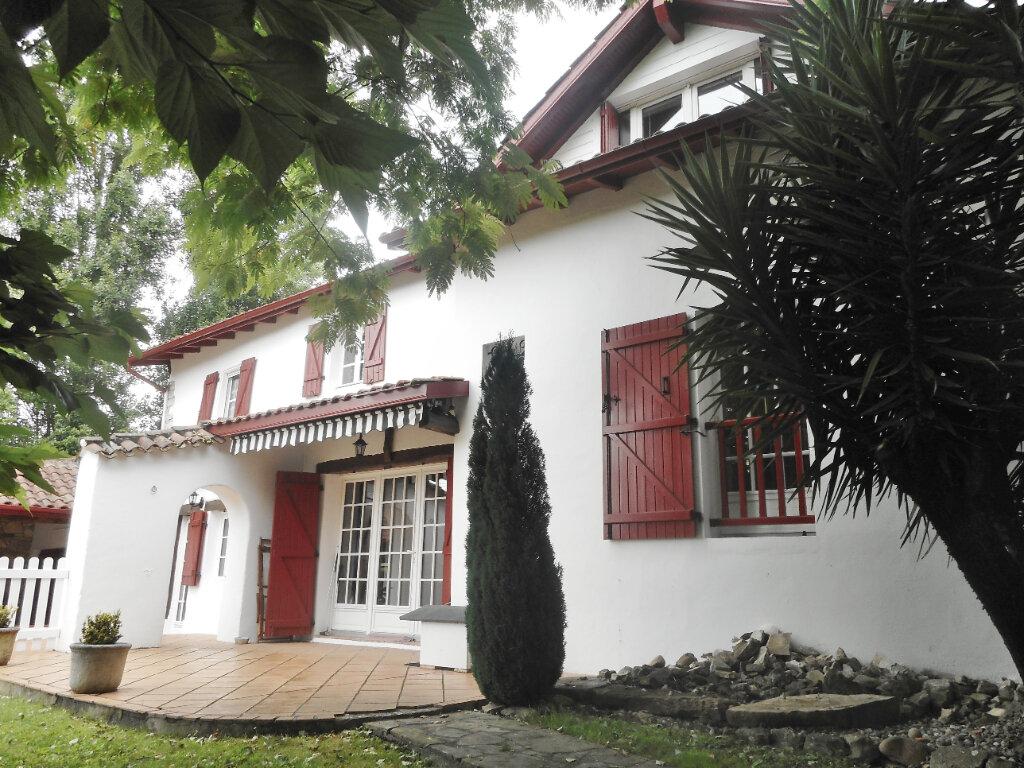 Maison à vendre 7 180m2 à Mouguerre vignette-1