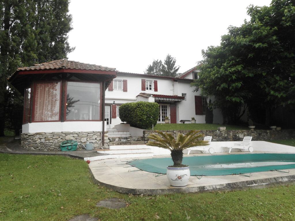 Maison à vendre 7 180m2 à Mouguerre vignette-8