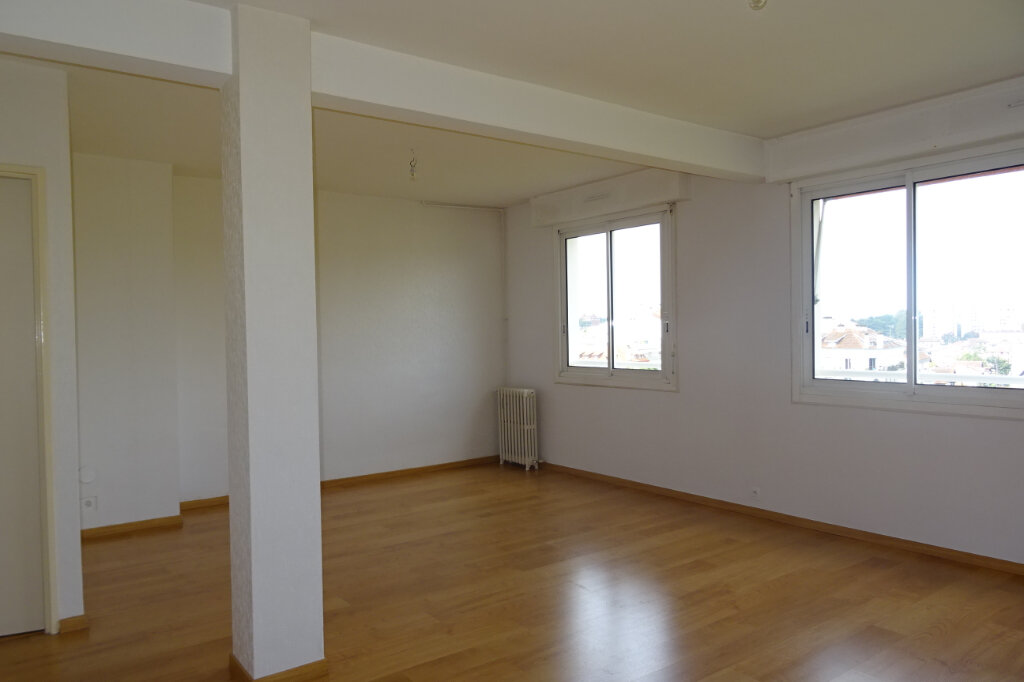 Appartement à louer 3 81.2m2 à Bayonne vignette-1
