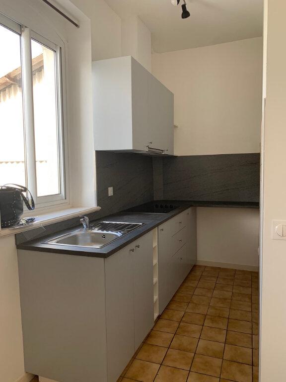 Appartement à louer 2 39m2 à Bayonne vignette-1