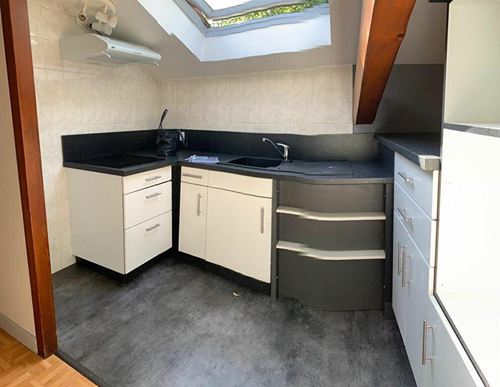 Appartement à louer 3 60.3m2 à Ustaritz vignette-3