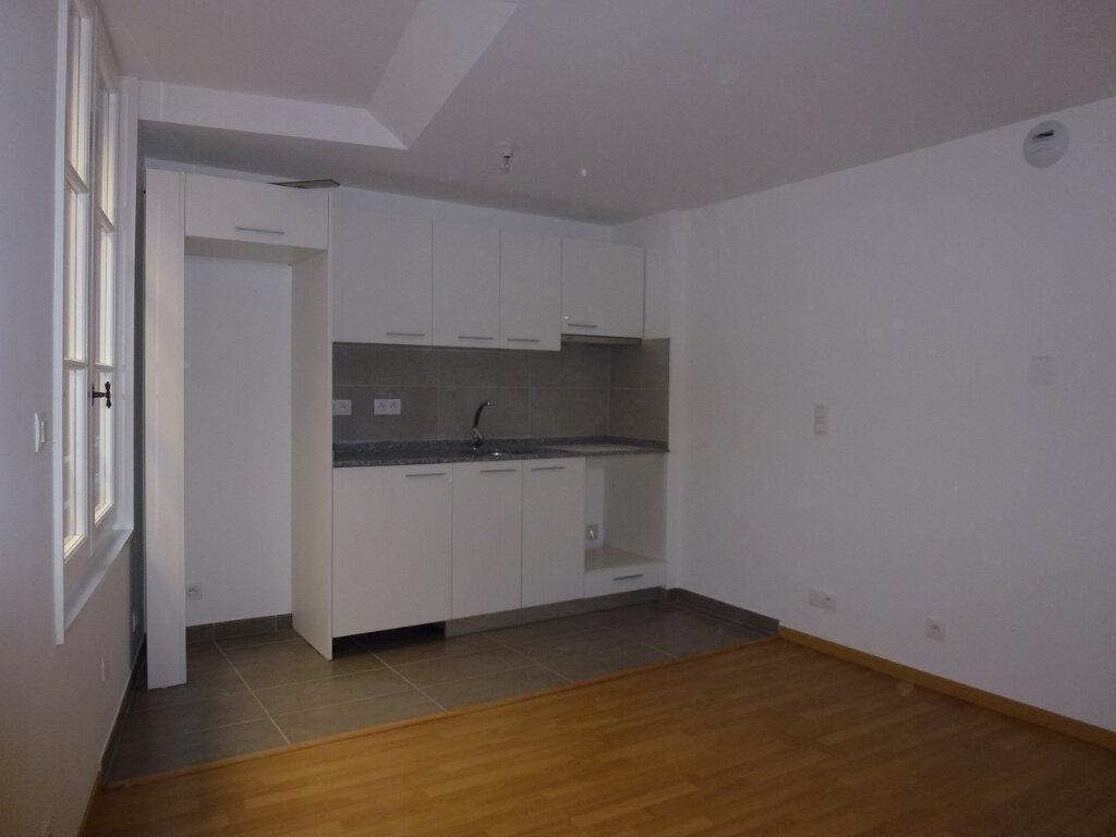 Appartement à louer 2 37.05m2 à Bayonne vignette-2