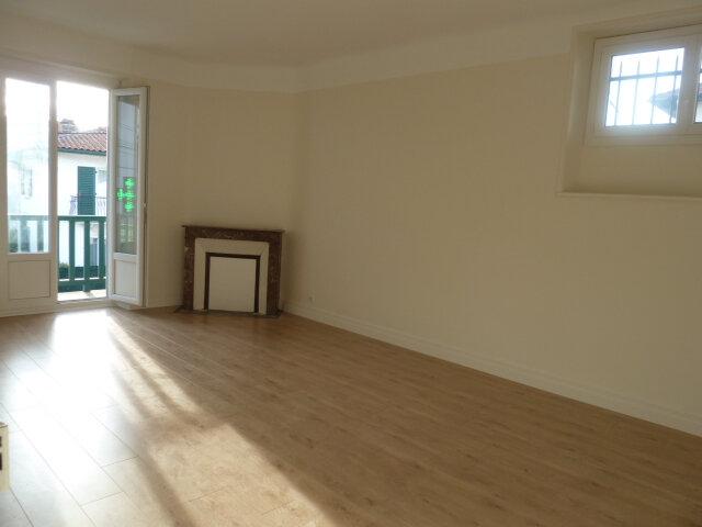 Appartement à louer 3 69.1m2 à Bayonne vignette-1