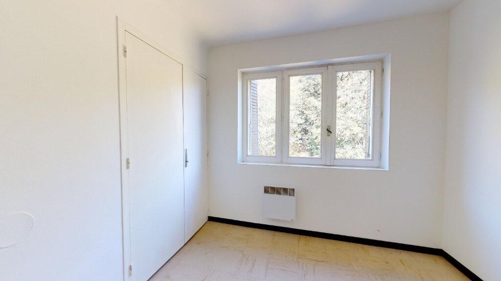 Appartement à louer 3 60m2 à La Voulte-sur-Rhône vignette-5