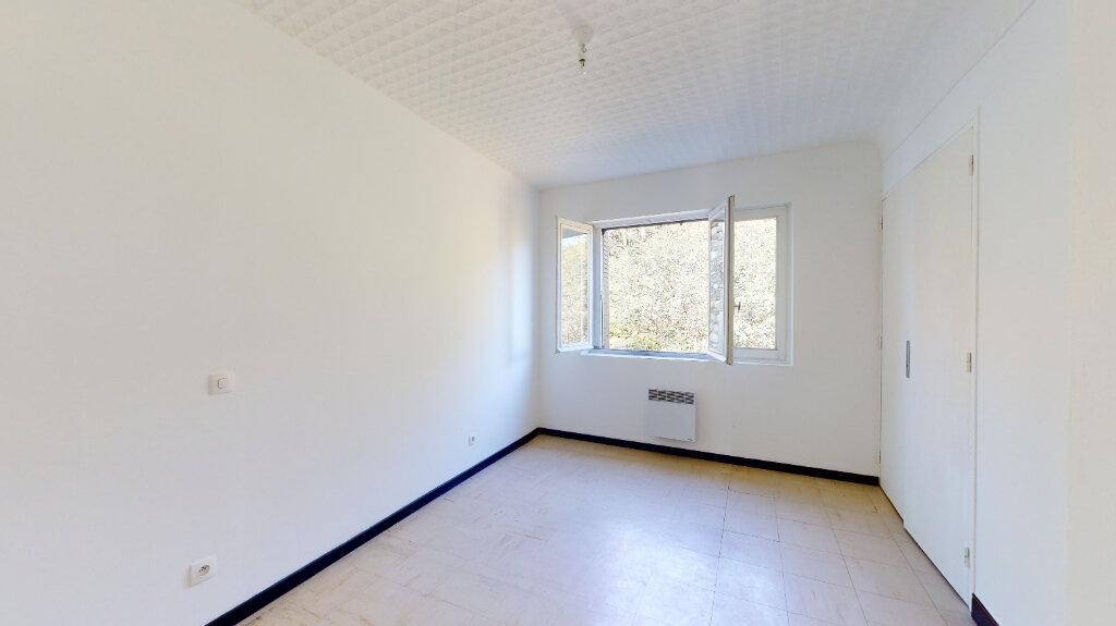 Appartement à louer 3 60m2 à La Voulte-sur-Rhône vignette-6