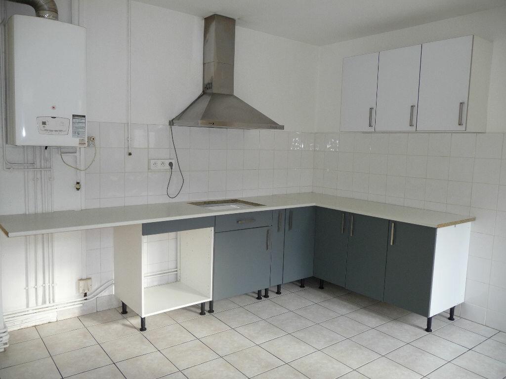Appartement à louer 3 60m2 à La Voulte-sur-Rhône vignette-2