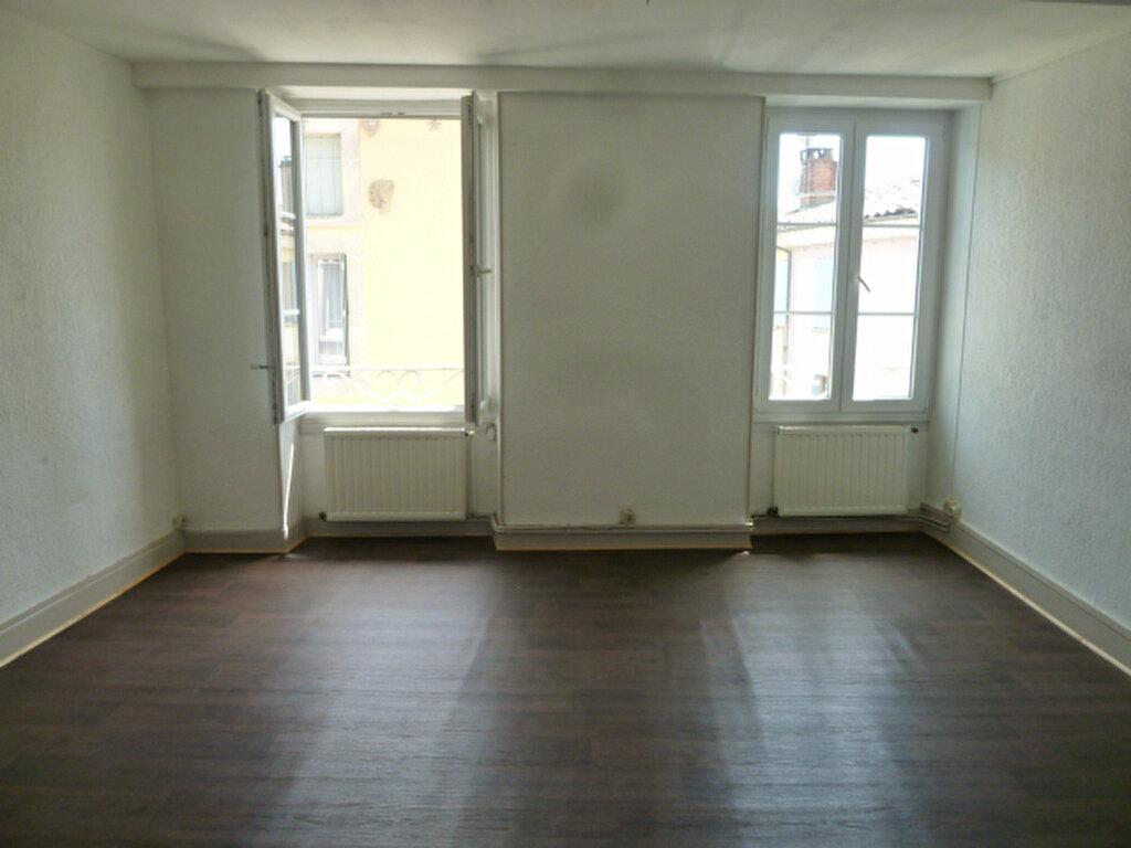 Appartement à louer 2 57m2 à Crest vignette-1
