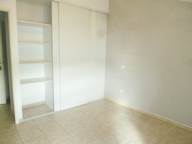 Appartement à louer 4 70m2 à Le Pouzin vignette-3