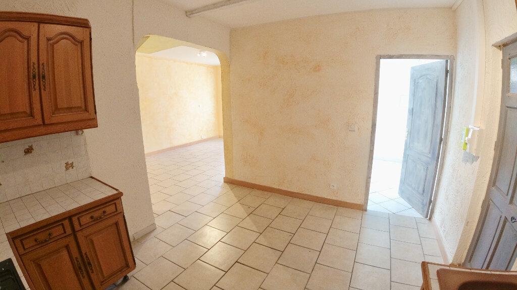 Appartement à louer 4 66m2 à Le Pouzin vignette-3