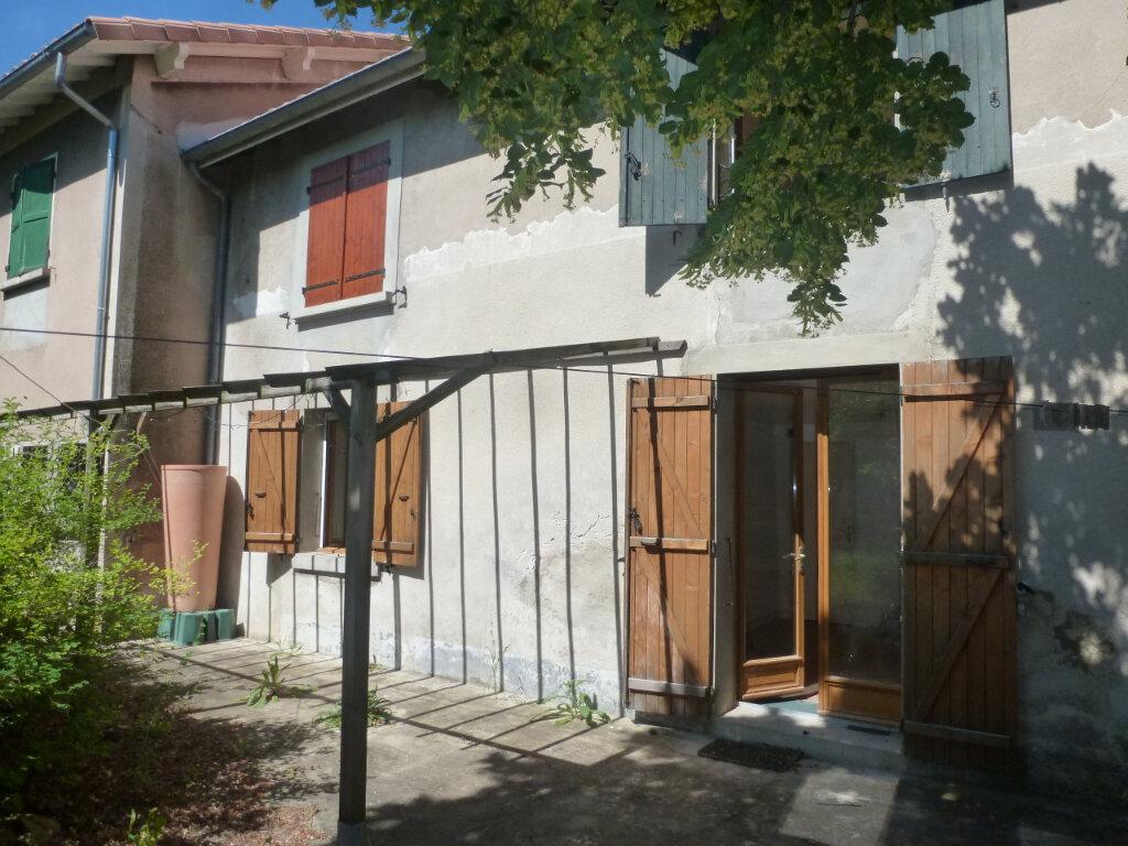 Maison à louer 5 99m2 à Loriol-sur-Drôme vignette-3