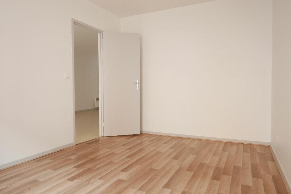 Appartement à louer 2 56m2 à Le Pouzin vignette-2