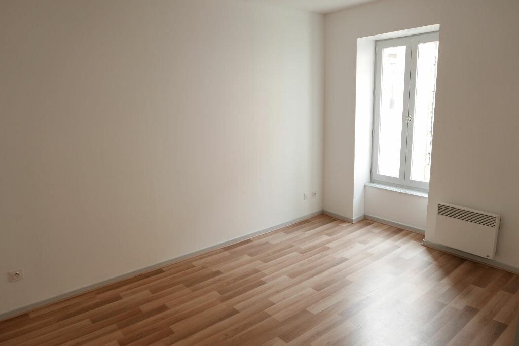 Appartement à louer 2 56m2 à Le Pouzin vignette-3